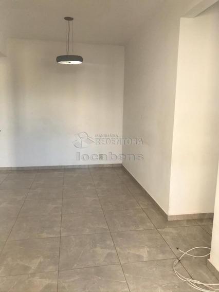 Apartamento - Ref: V8747