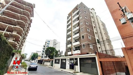 Apartamento En Venta El Bosque - Maracay 20-20578 Hcc