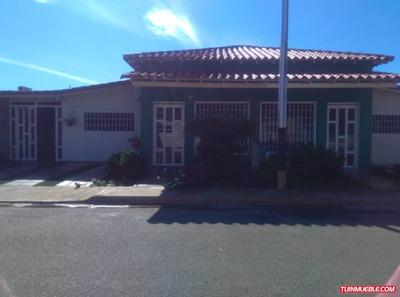 Casas En Venta Cumana. Urb Manantial De Sueños