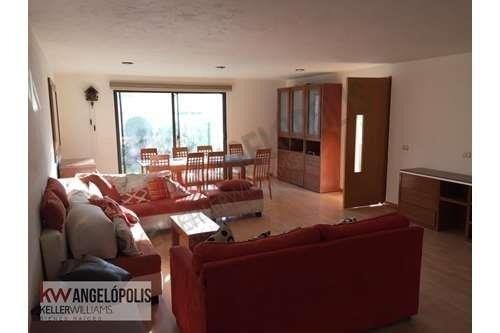 Casa En Renta Junto A Lomas De Angelopolis Con Despacho Incluido, Amueblada, Incluye Servicios