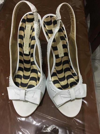 Sandália Branca Cravo&canela