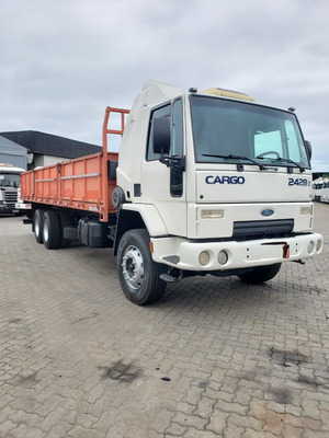 Ford Cargo 2428 6x2 Carroceria Truck 2011 / Financiamos