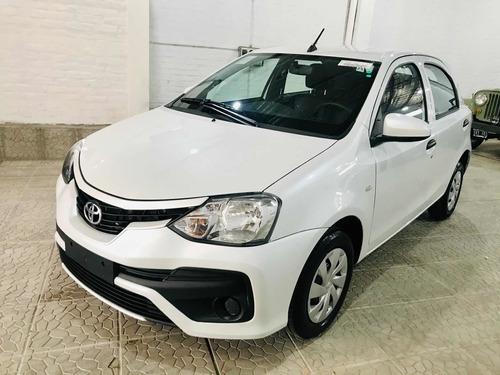 Toyota Etios 2021 1.5 X 6mt My19