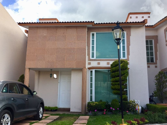 Se Vende Bonita Casa Metepec Residencial Niza