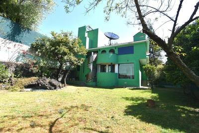 Casa En Venta, 4 Recamaras, Calle Cerrada, Jardines Del Pedregal