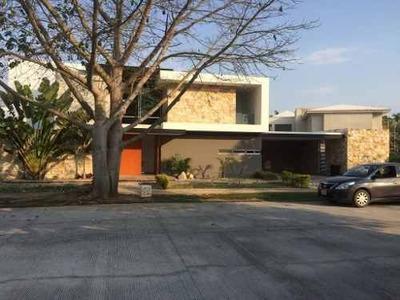 Renta Residencia Amueblada En Yucatan Country Club