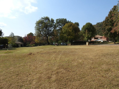 Magnífico Terreno Club De Golf Malinalco Dos Frentes 1090m2