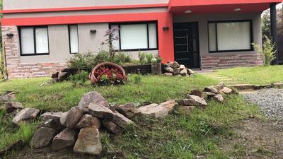 Alquiler En Costa Del Este, Casas 4 Y 2 Ambientes A Estrenar