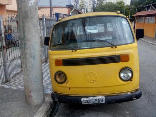 Kombi Ano 1980,cor Amarela,boa De Motor, Alguma Coisa .5 Mil