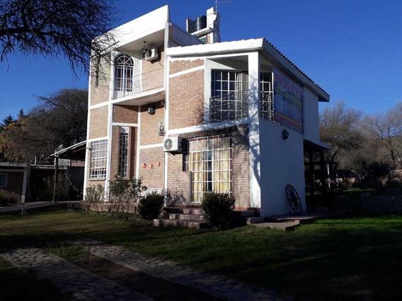 Casa En Venta En Comuna De San Roque Con Vista Al Lago.(c49)