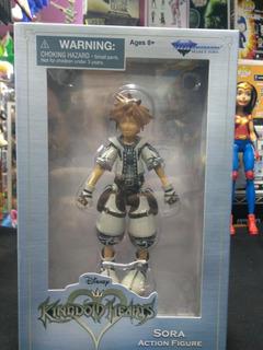 Kingdom Hearts Disney Figura Sora Diamond Select Toys