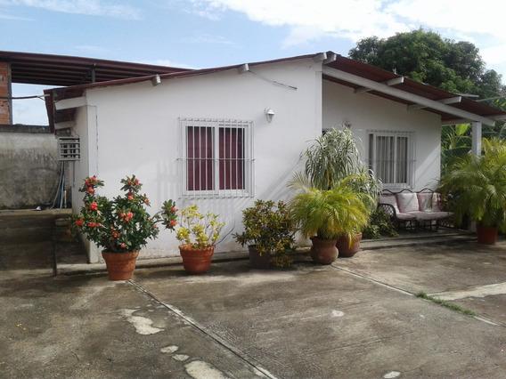 Vivienda Unifamiliar En El Centro De San Fernando