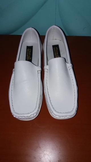 Zapatos De Enfermera Blancos