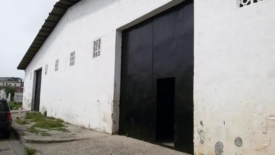 Curundu Amplia Galera En Venta Panamá