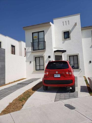 Imagen 1 de 14 de Zakia Cluster Casa Nueva 3 Recamaras, 2 1/2 Baños Y Estudio