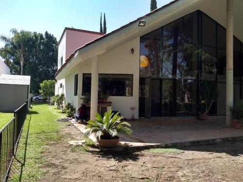 Imagen 1 de 12 de En Venta Casa De Un Piso En El Club De Golf La Hacienda