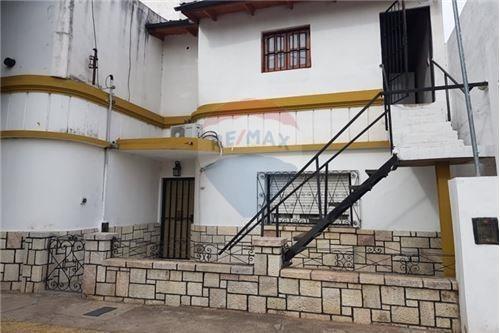 Se Vende Casa + Departamento En Alta Córdoba