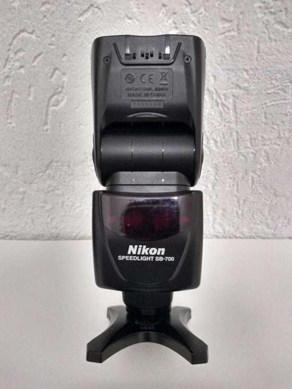 Flash Nikon Speedlight Sb - 700