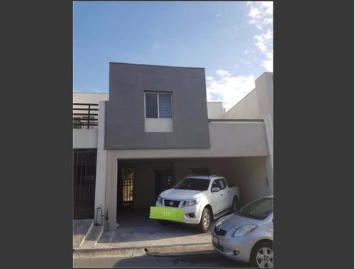 Casa En Renta En Puerta De Hierro