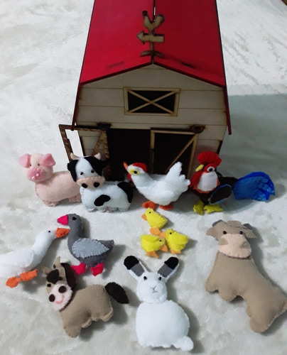 Imagen 1 de 3 de Granja Con Animalitos En Tela (kit)