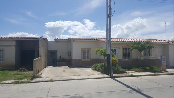 Casa En Venta En Ciudad Alianza Reinaldo Machuca 19-19446