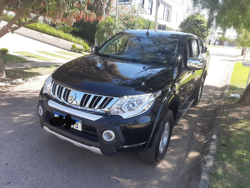 Mitsubishi L200 2.4 Triton Sport Hpe Top Cab. Dupla 4x4 Aut.
