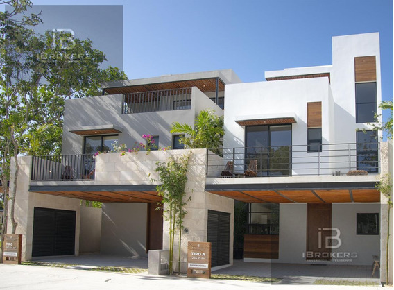 Venta De Casa En Playa Del Carmen - Residencial Aldea Serena