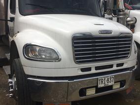 Vendo Freightliner Modelo 2012