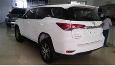 Toyota Sw4 2.8 Tdi Srx 7l 4x4 Aut. 5p 210 Mil