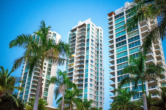 Nuevo Y Majestuoso Apartamento Frente Al Mar Por $350,000.00