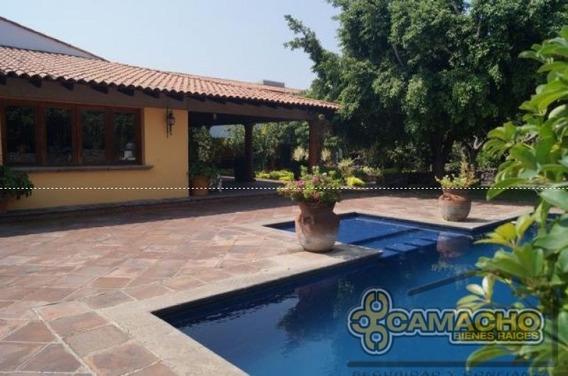 Casa En Venta En Lomas De Cocoyoc Olc-0936