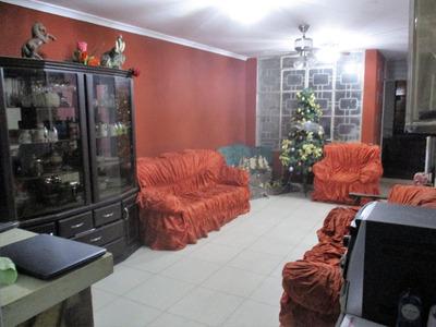 Casa En Venta De 3 Pisos 6 Hab.+minidepartamento-ica Cercado