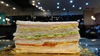 Sándwich Miga Triple Familiar 14 X 7. Confitería! X 16 U.