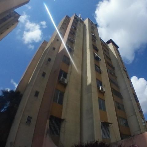Apartamento En Venta Centro De Barquisimeto #20-927 As