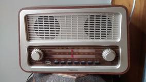 Rádio Retro Classic Vintage Am E Fm Com Saida Usb