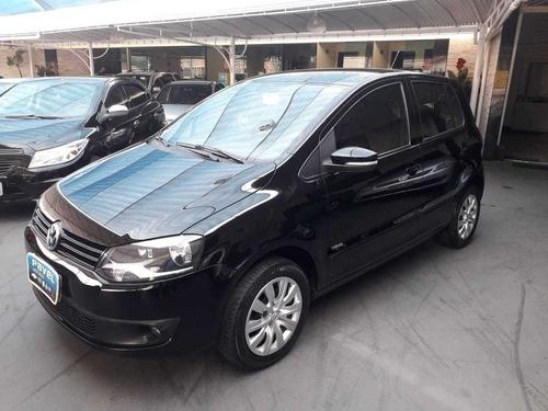 Imagem 1 de 11 de Volkswagen Fox 2012 1.6 Vht Trend Total Flex 5p