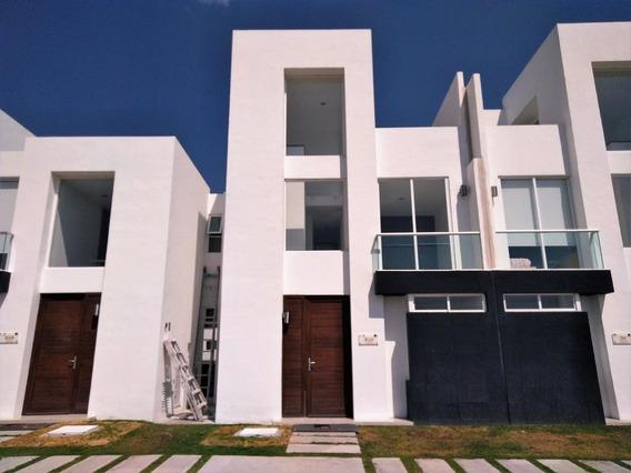 Casa En Venta En Zakia, El Marques, Rah-mx-20-613