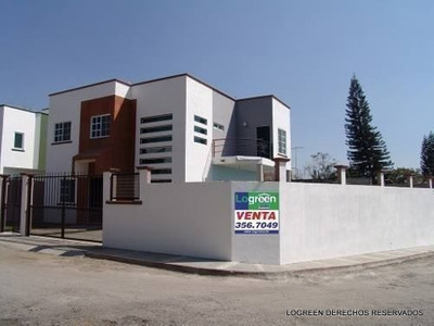 Estrene Preciosa Casa En Fraccionamiento Con Vigilancia