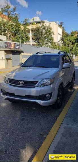 Toyota Fortuner Trd-automática
