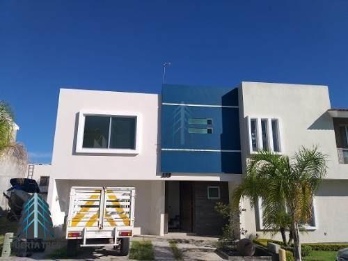 ¡baja De Precio! Hermosa Casa En Coto E En La Cima