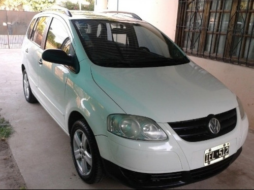 Imagen 1 de 14 de Volkswagen Suran 2009 1.6 I Trendline 90b