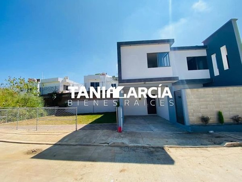 Vendo Hermosa Casa En Fraccionamiento Privado Cordoba