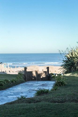 Casa Frente Al Mar - Los Dias Felices
