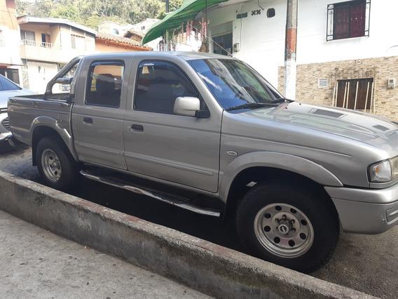 Camioneta Mazda 2200 Gris Plata