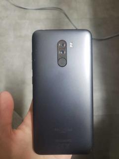 Xiaomi Pocophone F1 - 128gb - 6gb-completo Na Caixa