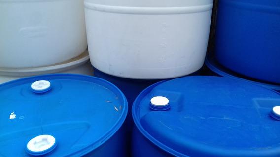 Tambos De Plástico Cerrado 200 Litros Sin Tapa Azul O Blanco