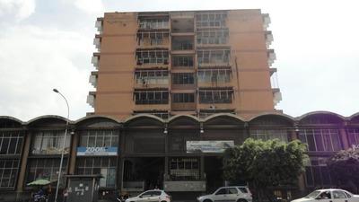 Venta Oficina Av Bolivar Maracay Ndd #17-1147