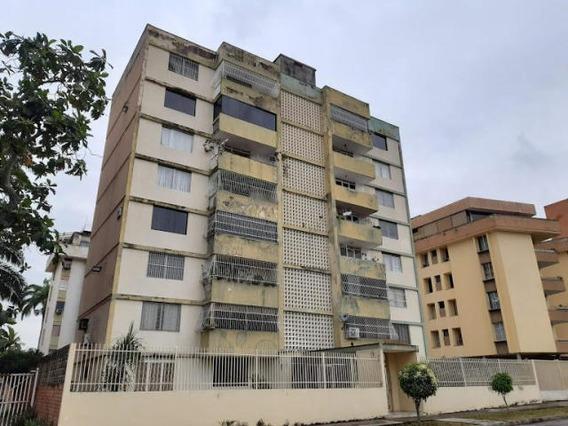 Apartamento En Venta En El Trigal Centro Codigo 19-18085 Gz
