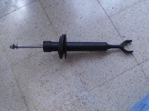 Imagen 1 de 3 de Vendo Amartiguador Delantero Volkswagen Passat Año 2001