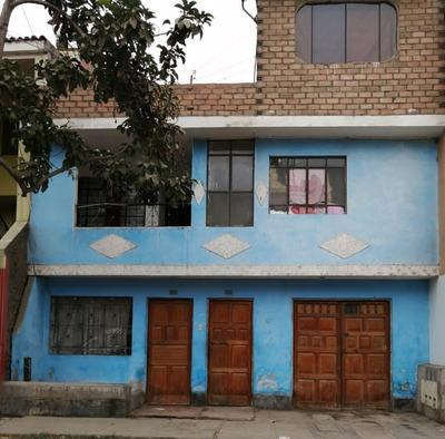 Casa De 03 Pisos